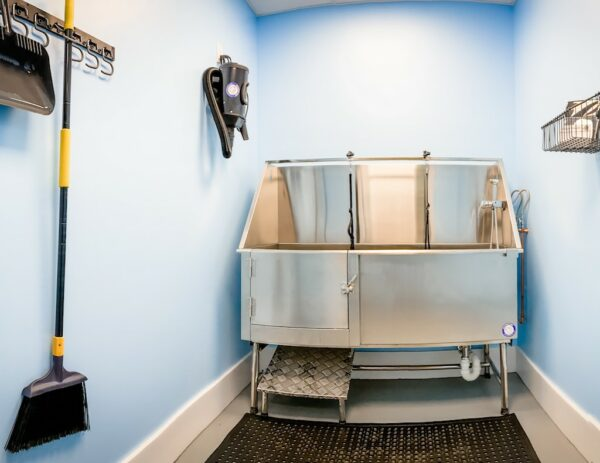 Pet Spa & Grooming Station